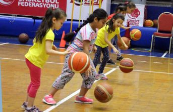 YUNUSEMRE BASKETBOL KURSU BAŞLIYOR