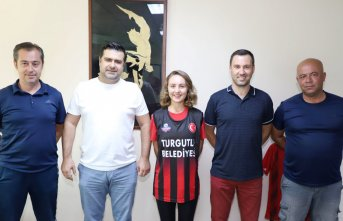 Ceren Kancaoğlu Turgutlu Belediyespor'da